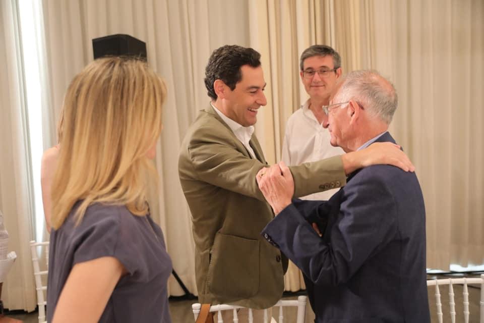 Gabriel Amat asiste al Consejo de Alcaldes del PP con la financiación local como uno de los asuntos prioritarios