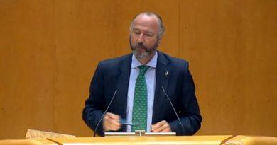 Rodríguez-Comendador defiende una migración regulada y ordenada, con contratos laborales que especifiquen las condiciones de trabajo de forma clara