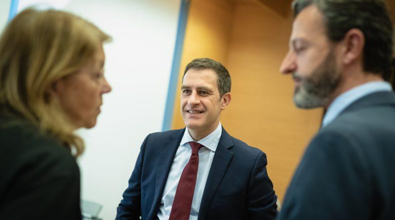 """Edurne Uriarte: """"Estos Presupuestos se sustentan en pactos que cuestionan el apoyo a nuestras instituciones democráticas"""""""